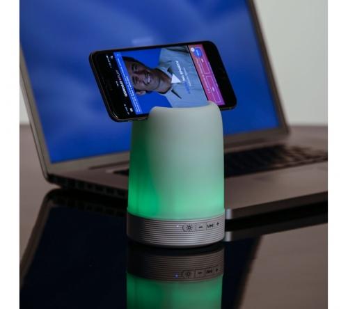 Brinde caixa de som com porta canetas e luminária - FBCS-02017